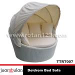 Deidrem Bed SofaTempat Tidur Rotan Sintetis TTRT007