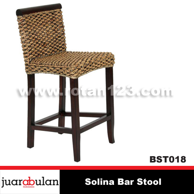 Solina Bar Stool Kursi Bar Rotan Alami