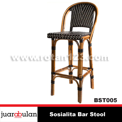 Sosialita Bar Stool Kursi Bar Rotan Alami